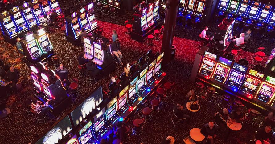 Casinos sociaux vs casinos en ligne