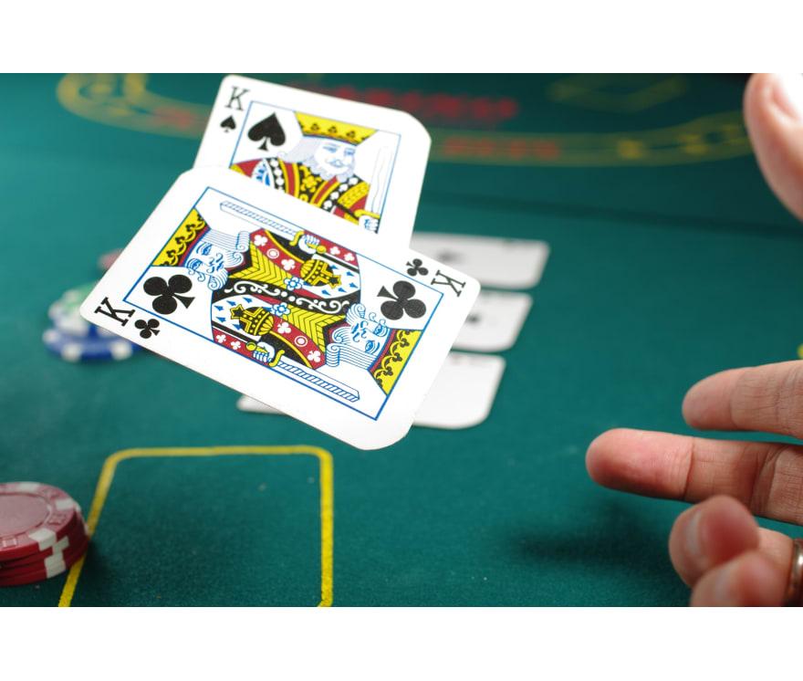 13 Caribbean Stud Casino mobile 2021