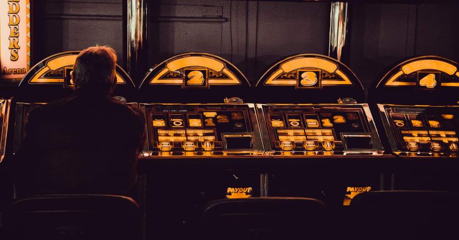 Jouez avec la machine à sous mobile Bitcoin