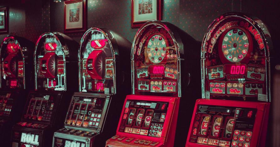 Jeux de machines à sous en ligne à faible volatilité